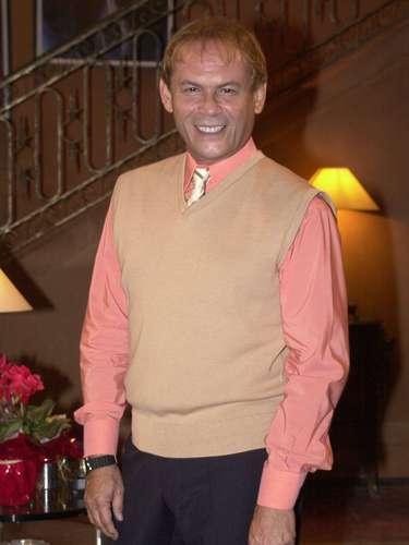 José Wilker morreu na manhã deste sábado (5), vítima de um infarto fulminante, em sua casa no Rio de Janeiro. Na foto, na novela 'Desejos de Mulher'