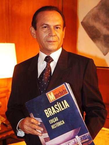 José Wilker morreu na manhã deste sábado (5), vítima de um infarto fulminante, em sua casa no Rio de Janeiro. Na foto, em 'JK'