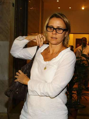 A atriz Giulia Gam