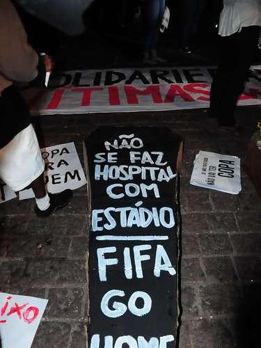 15 de abril - Populares pedem atenção à saúde pública em manifesto