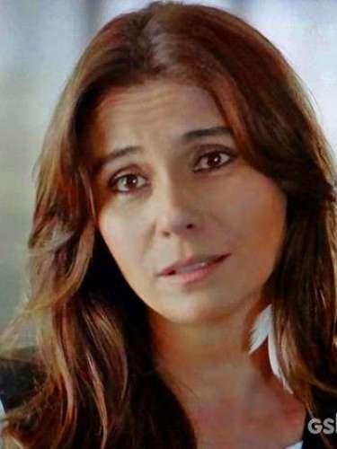 Em conversa com Virgílio, Clara assume que gosta de mulheres