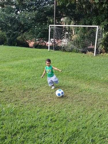Em outro clique, foi a vez de David Luiz se declarar para o sobrinho. \