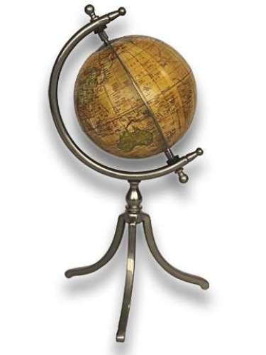 Na loja online Ozzo o globo terrestre de ferro e níquel custa R$ 188,90