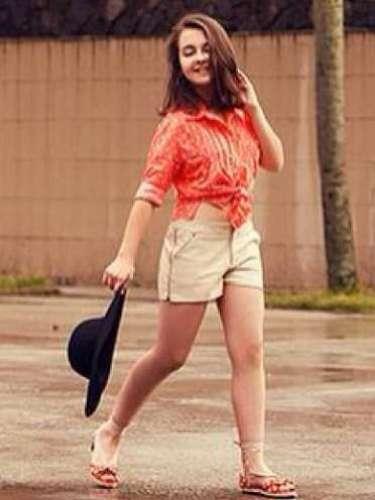Nesta terça-feira (19), Klara Castanho postou foto com seu \