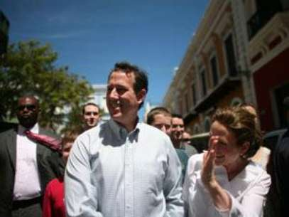 Rick Santorum keeps flailing in Puerto Rico. Foto: AP