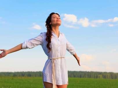 Soltera y feliz: Tienes que aprender a llevarte bien contigo misma. Foto: Thinkstock