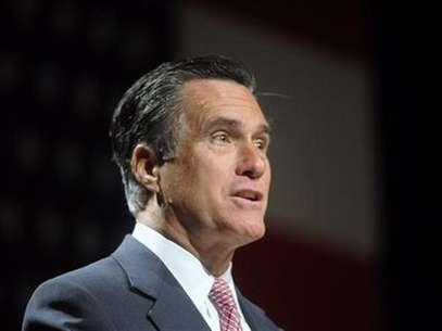 Republican presidential candidate Mitt Romney addresses the National Association of Latino Elected and Appointed Officials Annual Conference at the Walt Disney World Resort in Lake Buena Vista, Florida, June 21, 2012. Foto: David Manning / Reuters In English