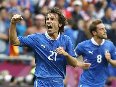 Italy's Andrea Pirlo celebrates his goal against Croatia during their Group C Euro 2012 soccer match at city stadium in Poznan, June 14, 2012. Foto: Tony Gentile / Reuters In English