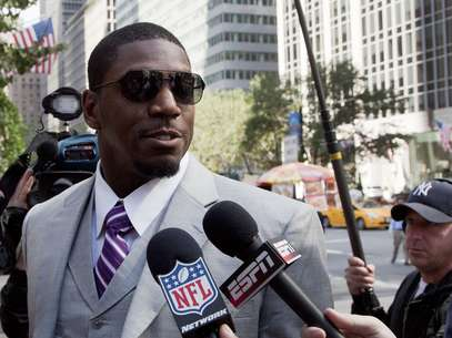 Jonathan Vilma and three other Saints players had their appeals denied by the NFL in the bounty scandal Tuesday. Foto: AP in English