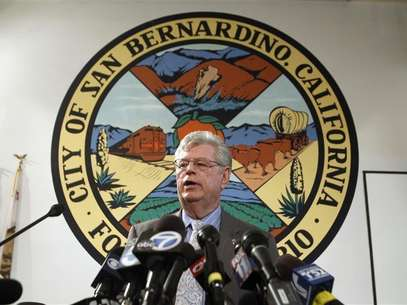 James Penman, city attorney general of San Bernardino, talks to the media at the city council chambers July 11, 2012. Foto: Alex Gallardo / Reuters In English