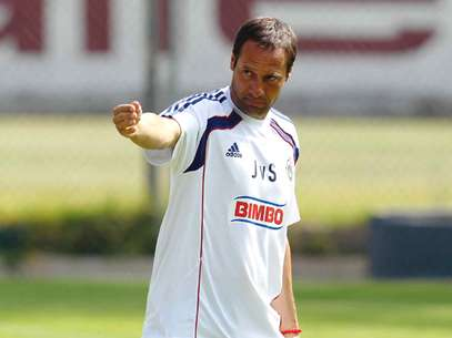 Chivas manager John van´t Schip is excited to debut officially with the team.  Foto: Mexsport