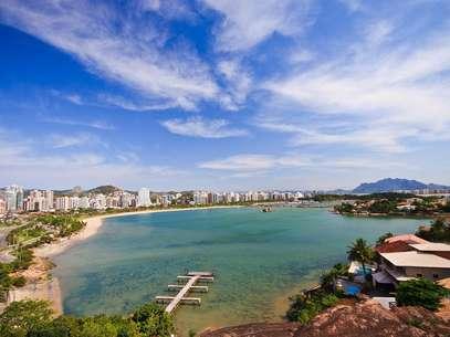 Na Ilha de Vitória ficam pontos importantes da cidade, como o bairro de Praia do Canto e o Iate Clube Foto: Rafael Q. Silveira