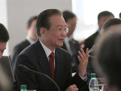 Chinese Premier Wen Jiabao speaks after signing agreements at the presidential house in Montevideo June 22, 2012. Foto: Pablo La Rosa / Reuters In English