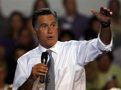 U.S. Republican presidential candidate Mitt Romney speaks at a Victory town hall in Bowling Green, Ohio, July 18, 2012. Foto: Matt Sullivan / Reuters In English