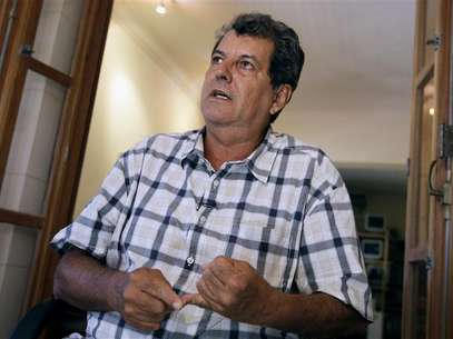 Cuban dissident Oswaldo Paya talks to Reuters during an interview in Havana September 8, 2010. Foto: Enrique De La Osa / Reuters In English