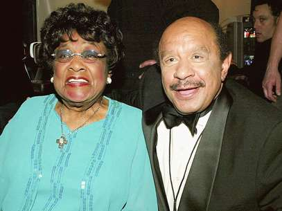 Actress Isabel Sanford (L) and Actor Sherman Hemsley (R) on stage at the 2nd Annual TV Land Awards held at The Hollywood Palladium, March 7, 2004 in Hollywood, California. Foto: Getty Images