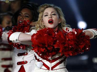 Madonna performs on stage as part of her MDNA tour at Murrayfield Stadium in Edinburgh, Scotland July 21, 2012. Foto: David Moir / Reuters In English
