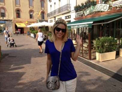 Shakira en Francia. Foto: Twitter Oficial