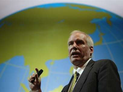 Boston Fed President Eric Rosengren speaks during the Sasin Bangkok Forum July 9, 2012. Foto: Sukree Sukplang / Reuters In English