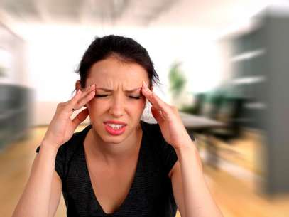 Alguns alimentos podem substituir os remédios que curam a dor de cabeça Foto: Getty Images