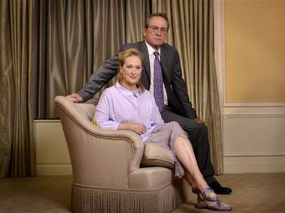 "Cast members Tommy Lee Jones (R) and Meryl Streep pose for a portrait during a media tour for the film ""Hope Springs"" in New York, August 5, 2012. Foto: Keith Bedford / Reuters In English"