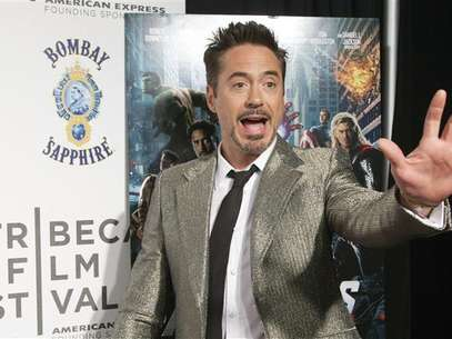 Robert Downey Jr. arrives at the screening of the film &quot;Marvel's The Avengers&quot; for the closing night of the 2012 Tribeca Film Festival in New York April 28, 2012. Foto: Andrew Kelly / Reuters In English