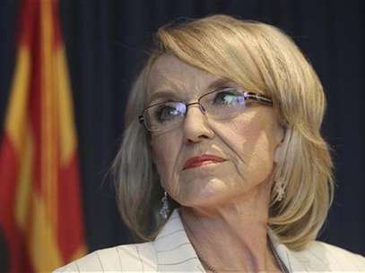Arizona Governor Jan Brewer listens to a question from a media member about the Supreme Court's decision on SB1070 in Phoenix, Arizona, June 25, 2012. Foto: Darryl Webb / Reuters In English