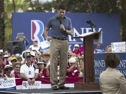 Republican vice presidential candidate Paul Ryan speaks during a campaign event at The Villages in Lady Lake, Florida August 18, 2012. Foto: Scott Audette / Reuters In English