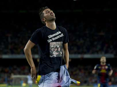 David Villa reacts very emotional after scoring in his first competitive match in 8 months Foto: Getty Images