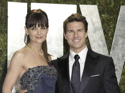 Los actores Tom Cruise y Katie Holmes llegan a la fiesta de Vanity Fair tras la entrega de los Oscar en West Hollywood, California, en una fotografa de archivo del 26 de febrero de 2012. Segn documentos de una corte de Nueva York el caso del divorcio entre Cruise y Holmes se cerr el lunes 20 de agosto de 2012.  Foto: Evan Agostini, archivo / AP