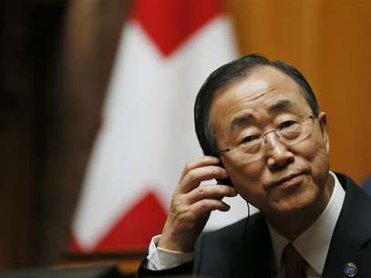 U.N. Secretary-General Ban Ki-moon listens to a speech in the Swiss National Council during his visit in the Autumn Parliament Session in Bern September 11, 2012. Foto: Pascal Lauener / Reuters In English