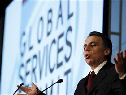 "Mexico's Economic Secretary Bruno Ferrari speaks about ""The Competitive Environment in the Region"" at a Global Services Summit in Washington, July 20, 2011. Foto: Larry Downing / Reuters In English"