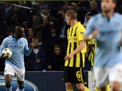 El City empat con el  Borussia Dortmund gracias a un penal convertido en gol por Mario Bolatelli en el minuto 90. Foto: Reuters
