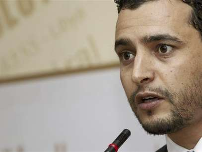 Libya's Prime Minister Mustafa Abushagur speaks at a news conference in Tripoli in this December 4, 2011 file photo. Foto: Ismail Zitouny / Reuters In English