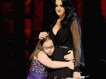 Despus de la actuacin, Katy y Jodi compartieron un dulce abrazo. Foto: Getty Images