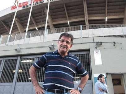 René Simões deixou diretoria da base são-paulina recentemente Foto: Rubens Chiri/saopaulofc.net / Divulgação