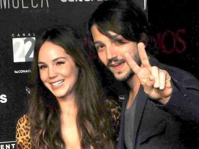 Diego Luna incmodo con video de Camila Sodi Foto: Mezcal