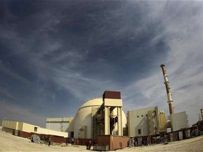 A general view of the Bushehr nuclear power plant, some 1,200 km (746 miles) south of Tehran October 26, 2010. Foto: IRNA / Reuters