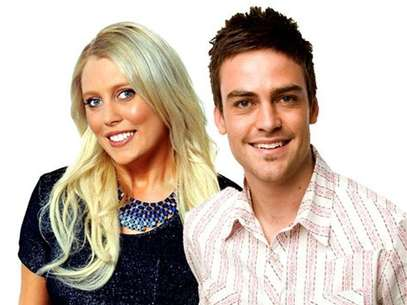 2day FM radio hosts Mel Greig (L) and Michael Christian, pose in Sydney in this picture obtained by Reuters on December 8, 2012. Foto: Southern Cross Austereo / Reuters