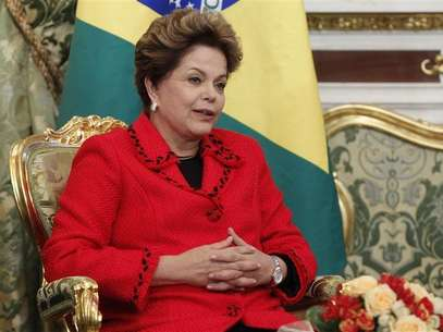 Brazilian President Dilma Rousseff speaks during her meeting with Russian President Vladimir Putin in Moscow's Kremlin December 14, 2012. Foto: Maxim Shemetov / Reuters