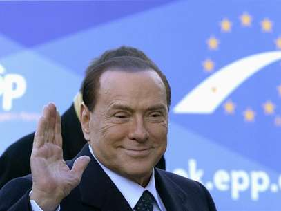 Italy's former Prime Minister Silvio Berlusconi arrives for a meeting of the European People's Party (EPP), ahead of a two-day European Union leaders summit, in Brussels December 13, 2012. Foto: Eric Vidal / Reuters