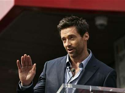 Actor Hugh Jackman speaks during ceremonies honoring him with a star on the Hollywood Walk of Fame in Hollywood, California, December 13, 2012. Foto: Jonathan Alcorn / Reuters