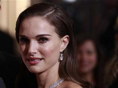 Actress Natalie Portman arrives at the 84th Academy Awards in Hollywood, California, February 26, 2012. Foto: Lucas Jackson / Reuters