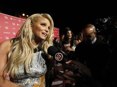 Actress and honoree Jessica Simpson is interviewed at the US Weekly Hot Hollywood Style issue party in Hollywood, California April 26, 2011. Foto: Mario Anzuoni / Reuters