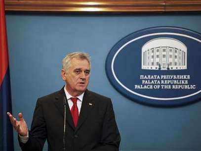 Serbian President Tomislav Nikolic speaks during a news conference in Banja Luka December 26, 2012. Foto: Dado Ruvic / Reuters