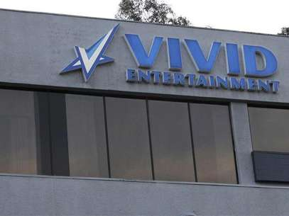 The logo of pornographic film production company Vivid Entertainment Group is seen on the building of its headquarters in Los Angeles, California January 11, 2013. Foto: Mario Anzuoni / Reuters