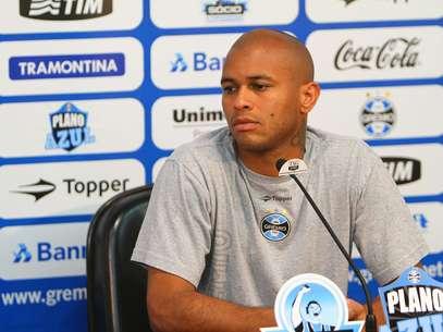 Encostado no Grêmio, Gabriel rescindiu com equipe tricolor e fechou com o Inter Foto: Lucas Uebel/Grêmio FBPA / Divulgação