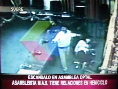 As imagens foram exibidas por emissoras de televisão da Bolívia Foto: AFP