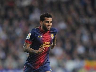 Lateral diz que já conversou com Neymar sobre transferência Foto: Getty Images