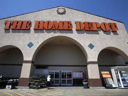The entrance to The Home Depot store is pictured in Monrovia, California August 13, 2012. Foto: Mario Anzuoni / Reuters